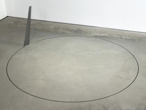 Ceal Floyer, Saw, 2015