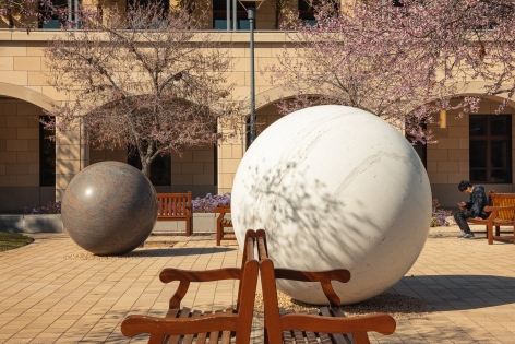 Installation view, Alicja Kwade, Pars pro Toto, Stanford University: Stanford, CA, 2021.
