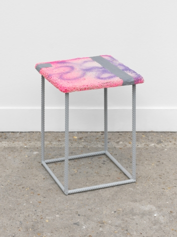 Eva Rothschild, Stool