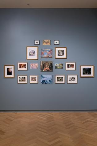 Installation view: Karen Kilimnik, Carnegie International, 57th Edition, 2018, © Carnegie Museum of Art, Pittsburgh. Photo: Bryan Conley
