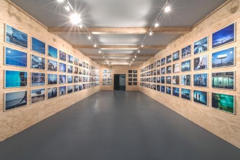 Doug Aitken, 99¢ dreams, 2008, MOCA Los Angeles, 2016