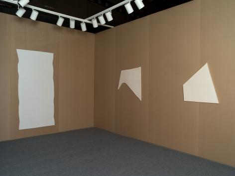 Installation view Jacob Kassay