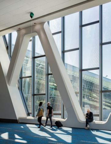 Installation View:Jeppe Hein, All Your Wishes,LaGuardia Airport's Terminal B, 2020, Commissioned by LaGuardia Gateway Partners in partnership with Public Art Fund for LaGuardia Airport's Terminal B