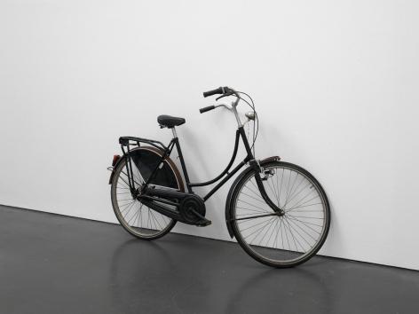Hans-Peter Feldmann, Installation view: An Art Exhibition, Kunsthalle Düsseldorf, 2010