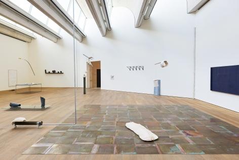 Installatation view:Katinka Bock -Smog / Tomorrow's Sculpture,Mudam Luxembourg, 2018, Photo: Johannes Schwartz