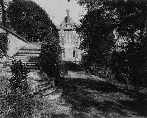 Courbevoie, Ancient Chateau, Eugène Atget, 1901