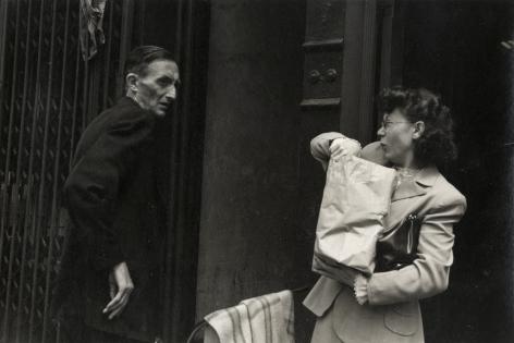 Helen Levitt, New York City, circa 1942