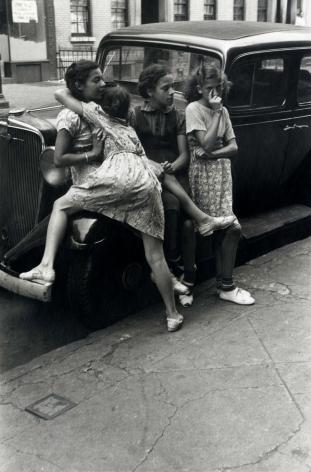 Helen Levitt New York City 1939