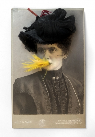 Gary Brotmeyer Woman with a Black Hat Eating a Canary Nº1
