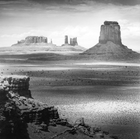 Tseng Kwon Chi Monument Valley