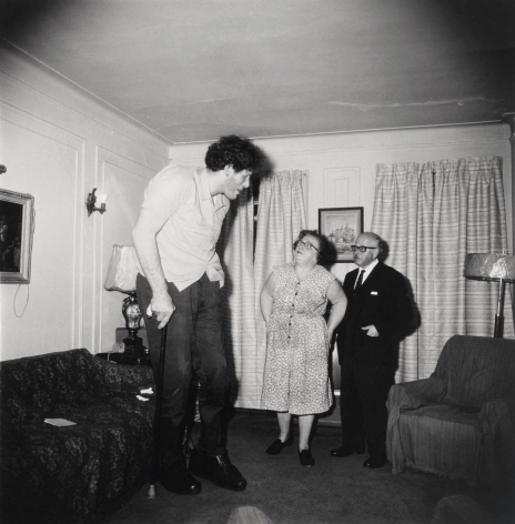 Diane Arbus A Jewish giant at home with his parents, in the Bronx, N.Y., 1970