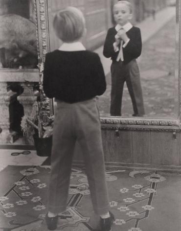 ALFRED EISENSTAEDT (German/American: 1898 – 1995), Grand Hotel, Saint-Moritz (1932)