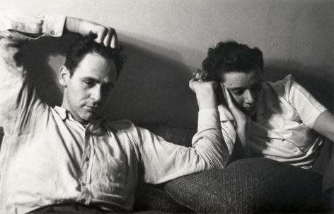Helen Levitt, James and Mia Agee, 1942