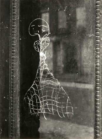 Helen Levitt New York City, circa 1939