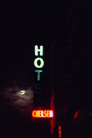 Linda Troeller Hot Chelsea, 2000