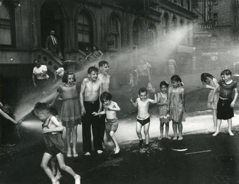 Weegee Summer, Lower East Side, ca. 1937