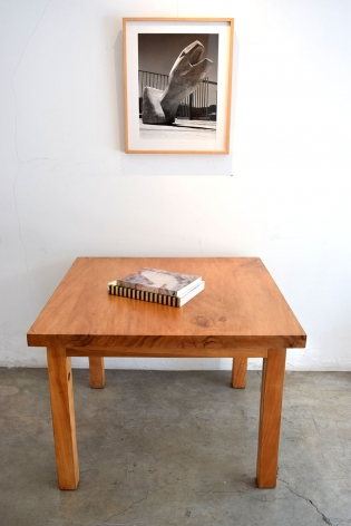 Casa Prieto Lopez Small Table / Luis Barragan