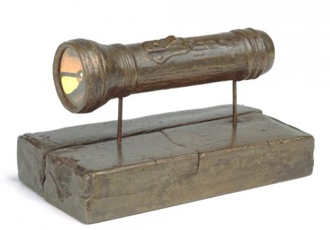Jasper Johns,Flashlight, 1960.