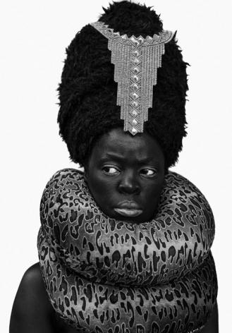 Zanele Muholi,Xiniwe II at Cassilhaus, North Carolina,2016. Gelatin silver print.