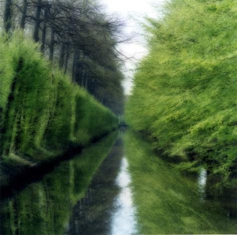 Beloeil, Belgium (4-04-2C-6), 2004,19 x 19,28 x 28,or 38 x 38 incharchival pigment print