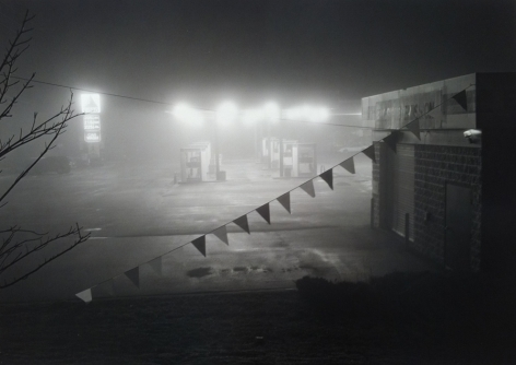 Mark Steinmetz, Gas Station, Conyers, GA, 1997. Gelatin silver print, 20 x 24 inches.
