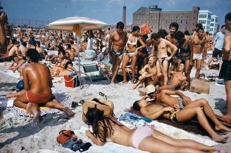 Jacob Riis Park, Queens, NYC,1974. Chromogenic print.