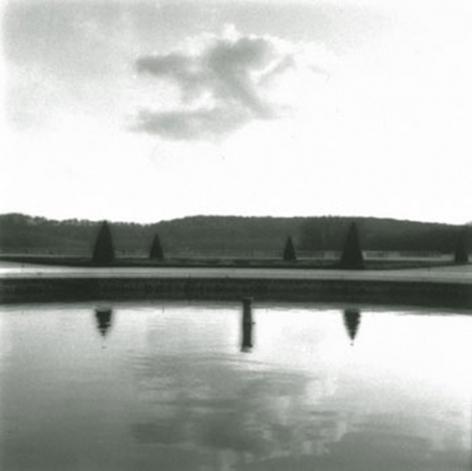 Versailles, France (4-92-179-2), 1992,19 x 19,28 x 28,or 38 x 38 incharchival pigment print