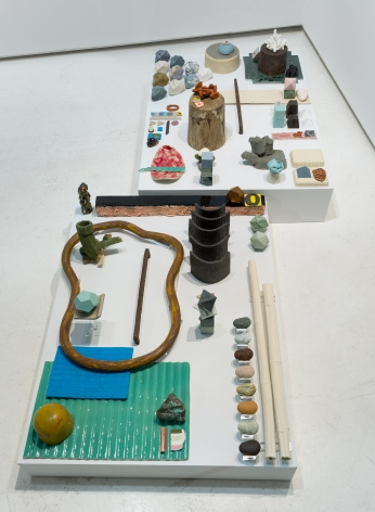 Ceramic sculpture installation by Marjolijn de Wit