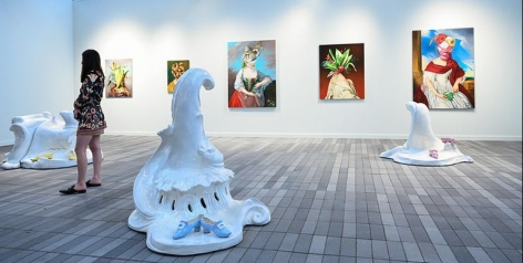 COULDN'T MAKE IT TO FRIEZE NEW YORK? HERE ARE 10 OF OUR FAVORITE ARTWORKS