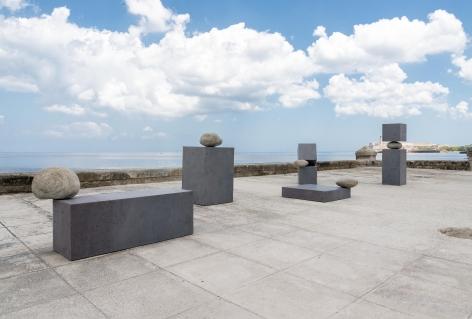 Installation view of Los Límites de lo Posible at Escenario Líquido (Detrás del Muro, XIII Bienal de La Habana), 2019. Courtesy of the Artist and Sean Kelly, New York. Photo: María Rincón.