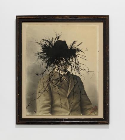 KRIS MARTIN, The Idiot, 2017