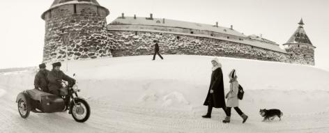 Pentti Sammallahti Solovki, White Sea, Russia (snowy fortress), 1992