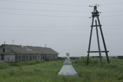 Fisherman's Settlement Oktyabrsky, Central square, Ozerki, 2006