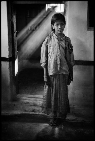 """Untitled, Tamil Nadu, India 1998. Archival Pigment. Edition of 25. 16"""" x 20"""""""