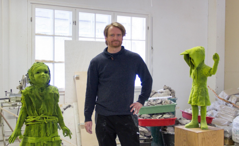 In the Studio: Kim Simonsson