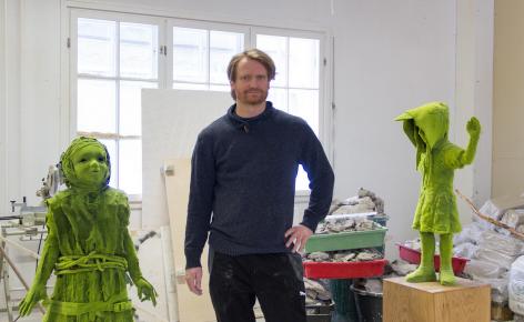In the Studio: Kim Simonsson