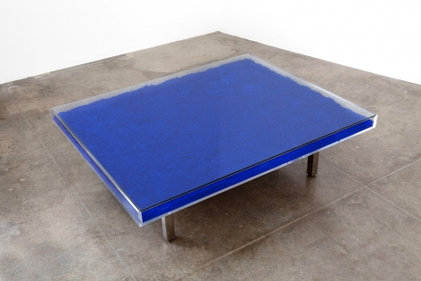 Yves Klein Table Bleue, 1963