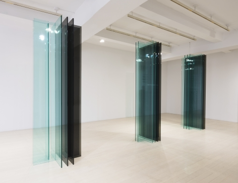 """Installation view from the exhibition,Robert Irwin: New """"SCULPTURE/CONFIGURATIONS"""", Pace Gallery, 32 East 57thStreet, New York, May 11–June 23 (extended through August 17), 2018. From left: Sculpture/Configuration 2T 2L,2018;Sculpture/Configuration 2T 3L,2018;Sculpture/Configuration 2T 4L,2018."""