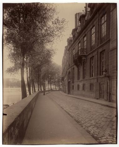 Atget, Hôtel de Lauzun, 17 quai d'Anjou, c. 1899