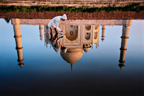 Reflection of the Taj Mahal, Agra, Uttar Pradesh, India, 1991, ultrachrome print, 40 x 60 inches/101.6 x 152.4 cm