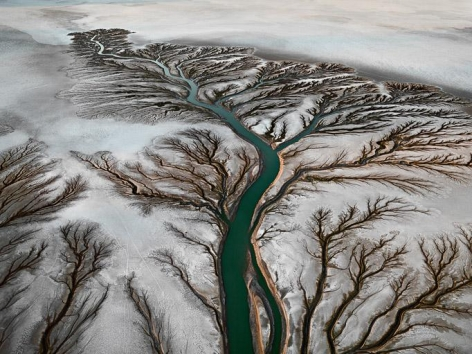 Edward Burtynsky, Colorado River Delta #2, 2011, chromogenic color print, 60 x 80 inches / 152.4 x 203.2 cm © [2011] Edward Burtynsky