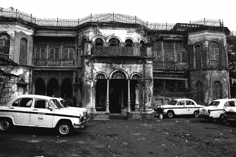 , Prabir Purkayastha, The Rani's Residence, Central Calcutta, 2013, Hahnemuhle archival Harman Matt Cotton Smooth museum-grade paper, 20 x 30 inches