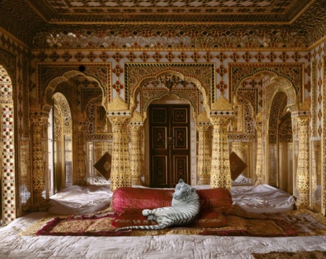 The Peacemaker, Chandra Mahal, Jaipur Palace, 2010, Hahnemühle ink jet print, 23.6 x 30 inches/60 x 76.2 cm