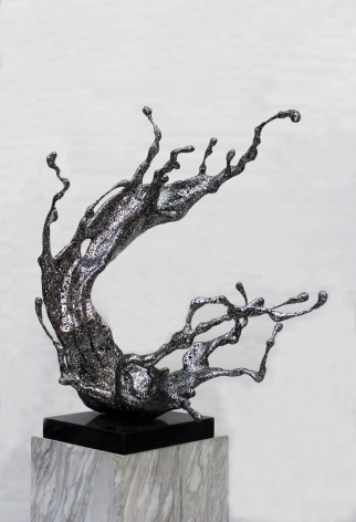 Zheng Lu, Water In Dripping - Yuan, 2016, stainless steel, 34 x 29.1 x 21.3 inches/86 x 74 x 54 cm