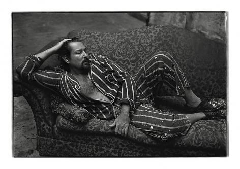 Julian Schnabel, New York City, 1995, archival pigment print, 30.5 x 42.6 inches/77.5 x 108.2 cm, Photograph © Annie Leibovitz