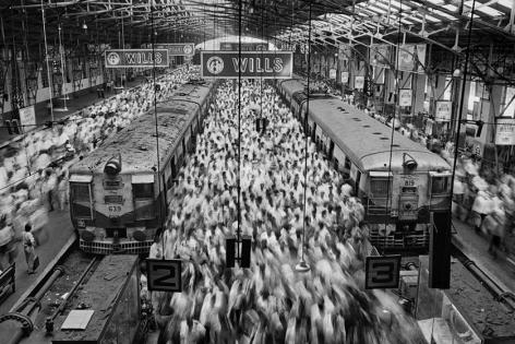 , Sebastião Salgado. Church Gate Station, Bombay, India. 1995. Gelatin silver print. 180 x 125 cm.