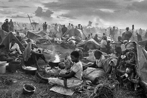 Sebastião Salgado, Rwandan refugee camp of Benako, Tanzania, 1994, gelatin silver print/24 x 35 inches/61 x 89 cm
