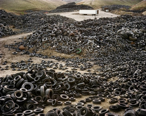 Edward Burtynsky, Oxford Tire Pile #2, Westley, California, 1999, Chromogenic color print, 48 x 60 inches