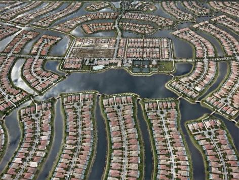 Edward Burtynsky, Verona Walk, Naples, Florida, USA, 2012, Chromogenic color print, 122 x 162.6 cm, Edition 2/6