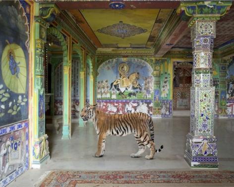 Karen Knorr, Arjuna's Path, Junha Mahal, Dungarpur, 2014, colour pigment print on Hahnemühle Fine Art Pearl Paper, 48 x 60 inches/122 x 152 cm
